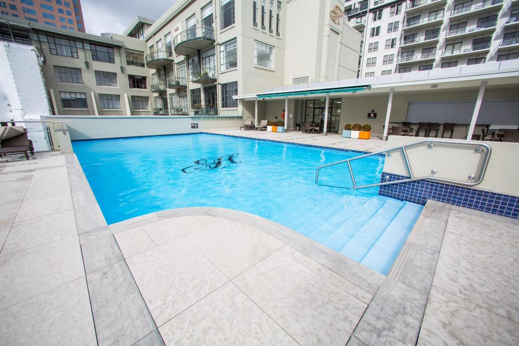 Swimming pool Splendid One Bedroom Apartment