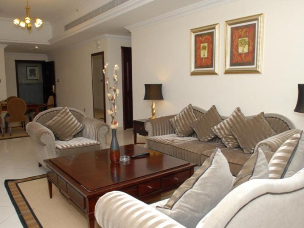 Best price on al manar hotel apartments in dubai reviews for Hotel apartments in dubai