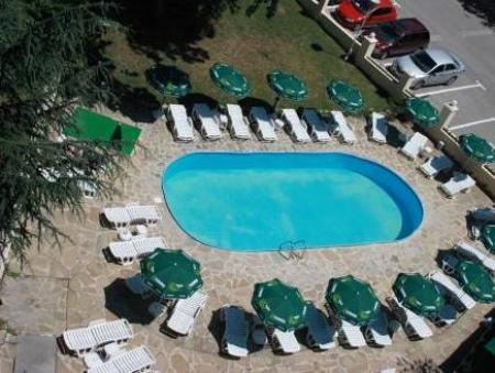 Swimming pool Hotel Gradina