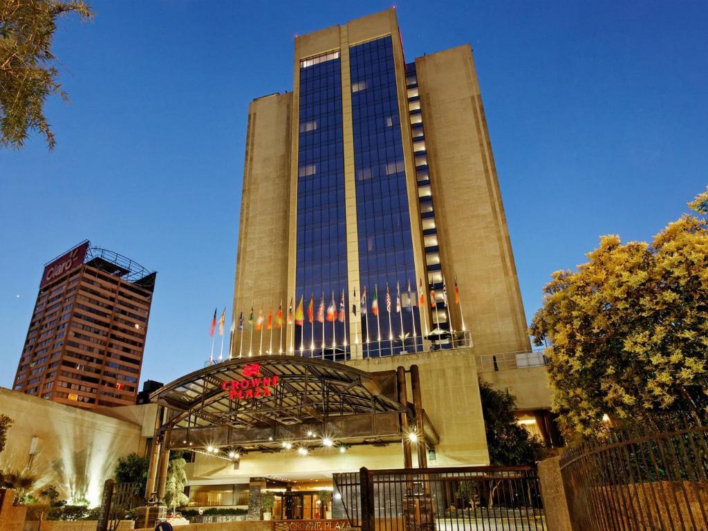 More about Crowne Plaza Santiago