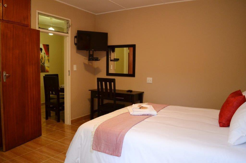 Double Room - Queen Size Bed B at home Guesthouse Piet Retief