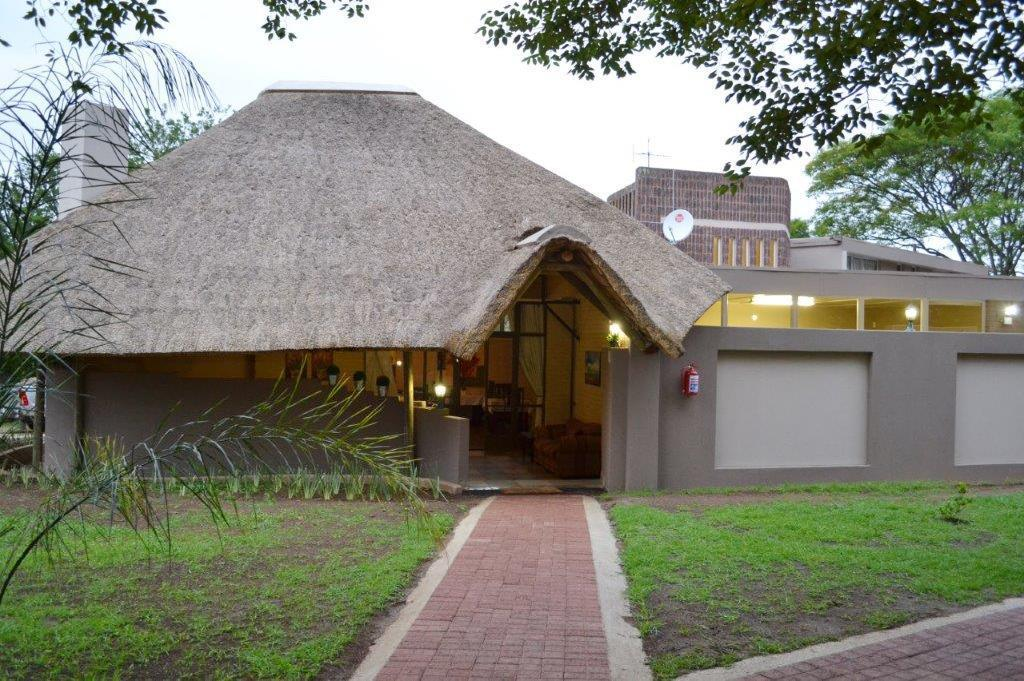 Exterior view B at home Guesthouse Piet Retief