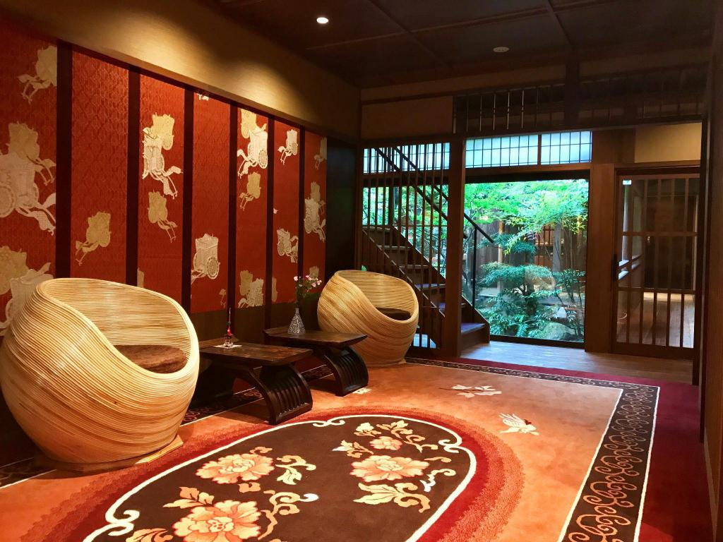 Muromachi Yutone Serving Kyoto Cuisine Ryokan Kyoto Japan