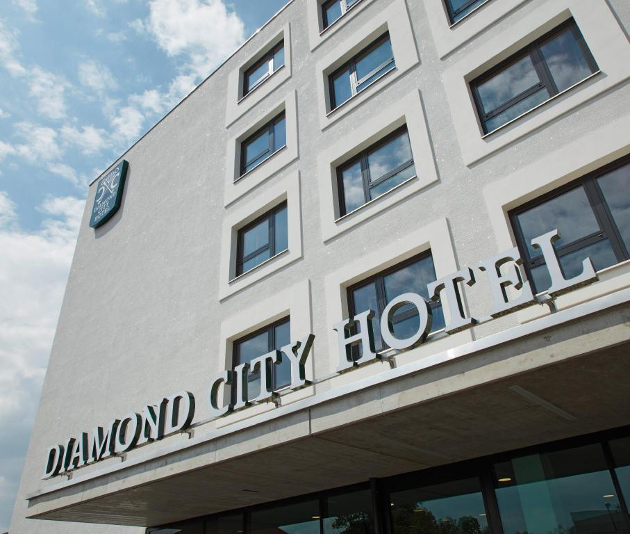 More about Diamond City Hotel Tulln