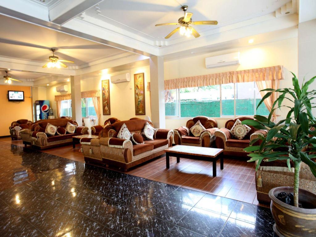 Das Home Pattaya Hotel In Pattaya Buchen