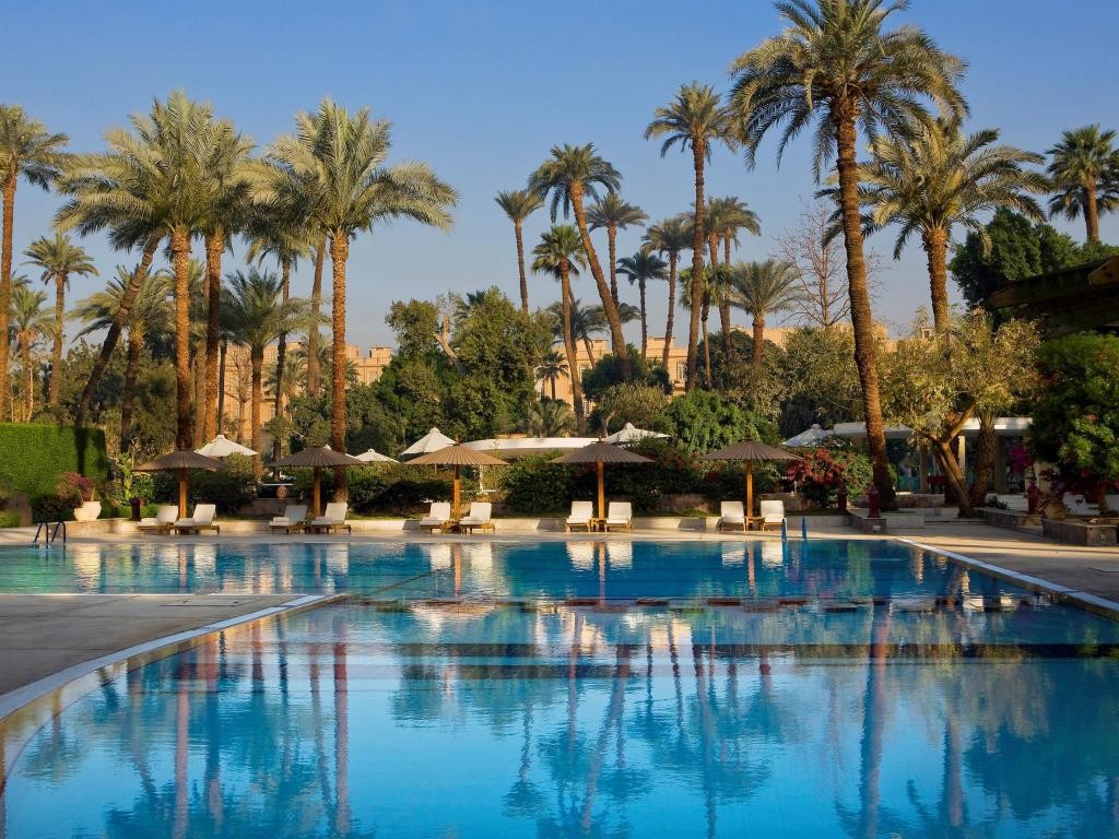 More about Pavillon Winter Luxor