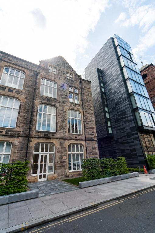 Entrance Luxury Quartermile SelfCatering Apartment