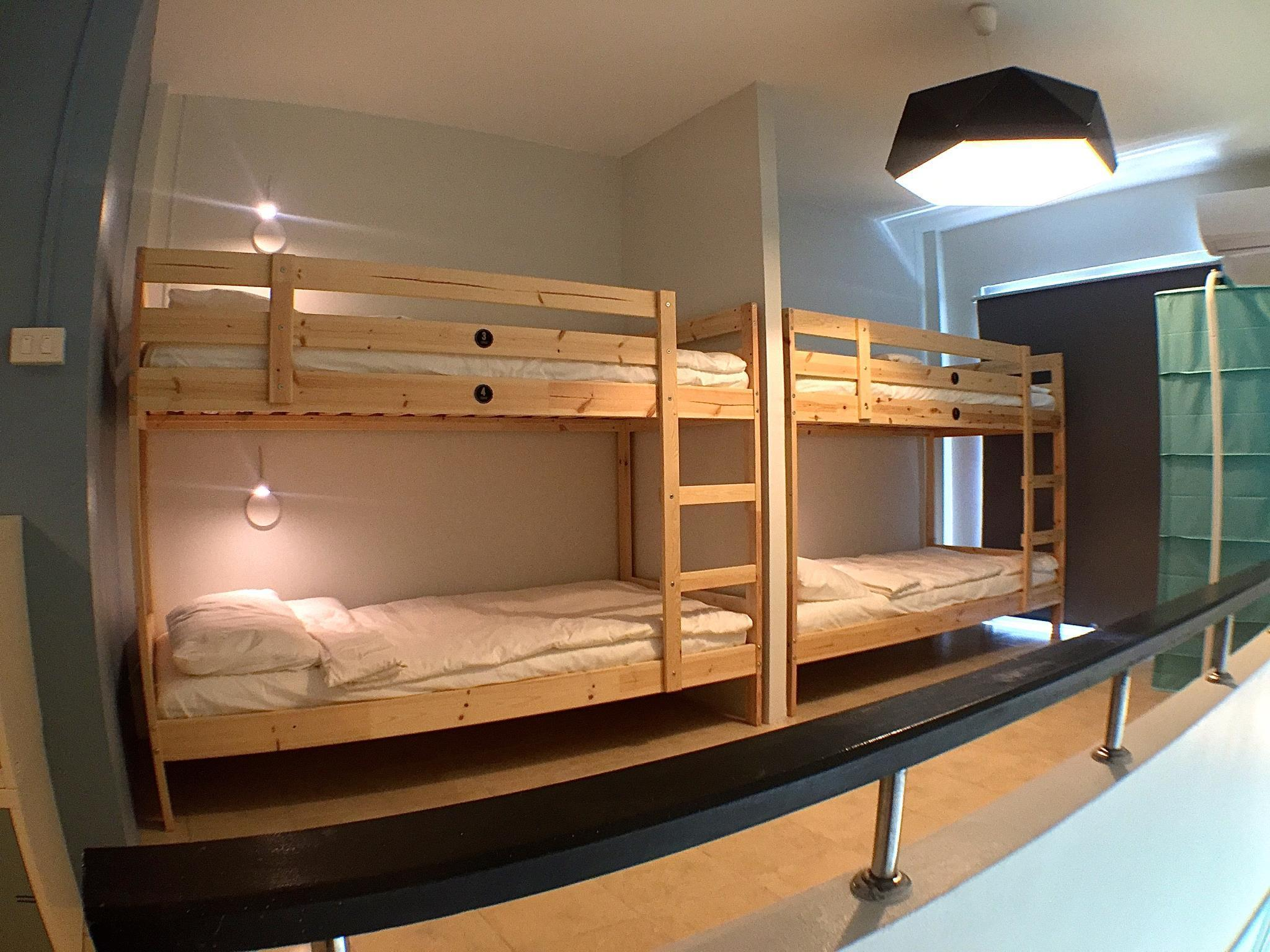 Lit dans un dortoir mixte de 6 lits (1 Person in 6-Bed Dormitory - Mixed)
