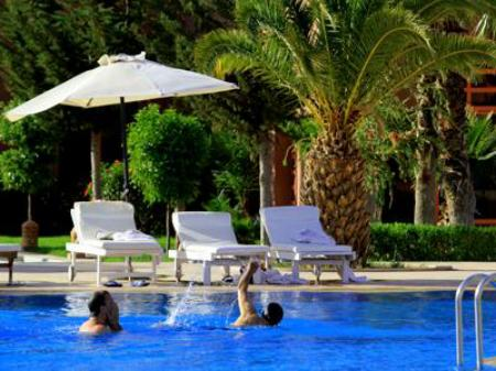 Swimming pool Palm Plaza Hotel & Spa