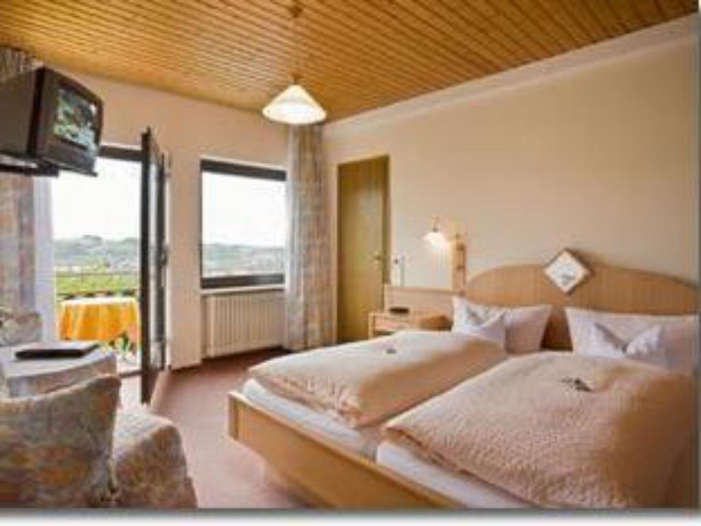 Comfort Single Room Hotel Haus am Berg