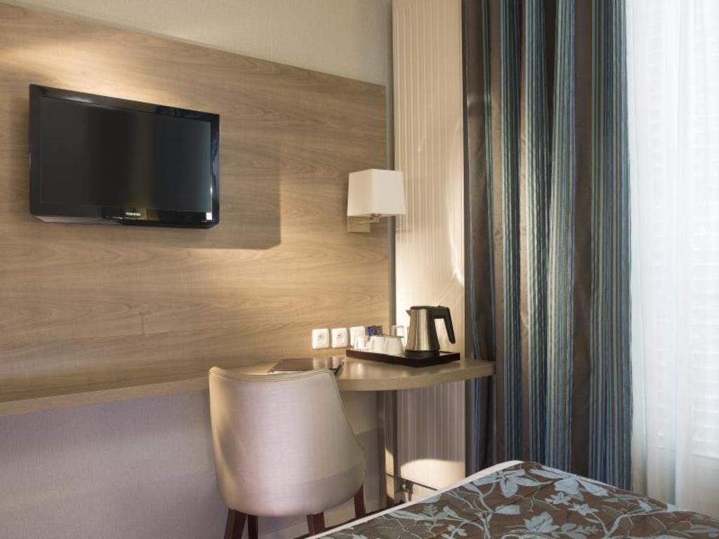 Hotel Turenne Le Marais in Paris - Room Deals, Photos & Reviews
