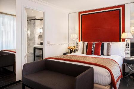 Superior Room Hotel Castille Paris