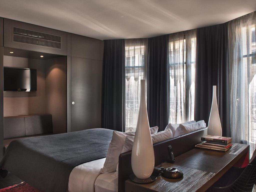 sezz paris luxury design hotel in france room deals