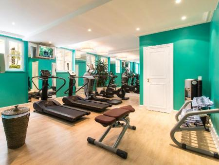 Fitness center Hotel Castille Paris