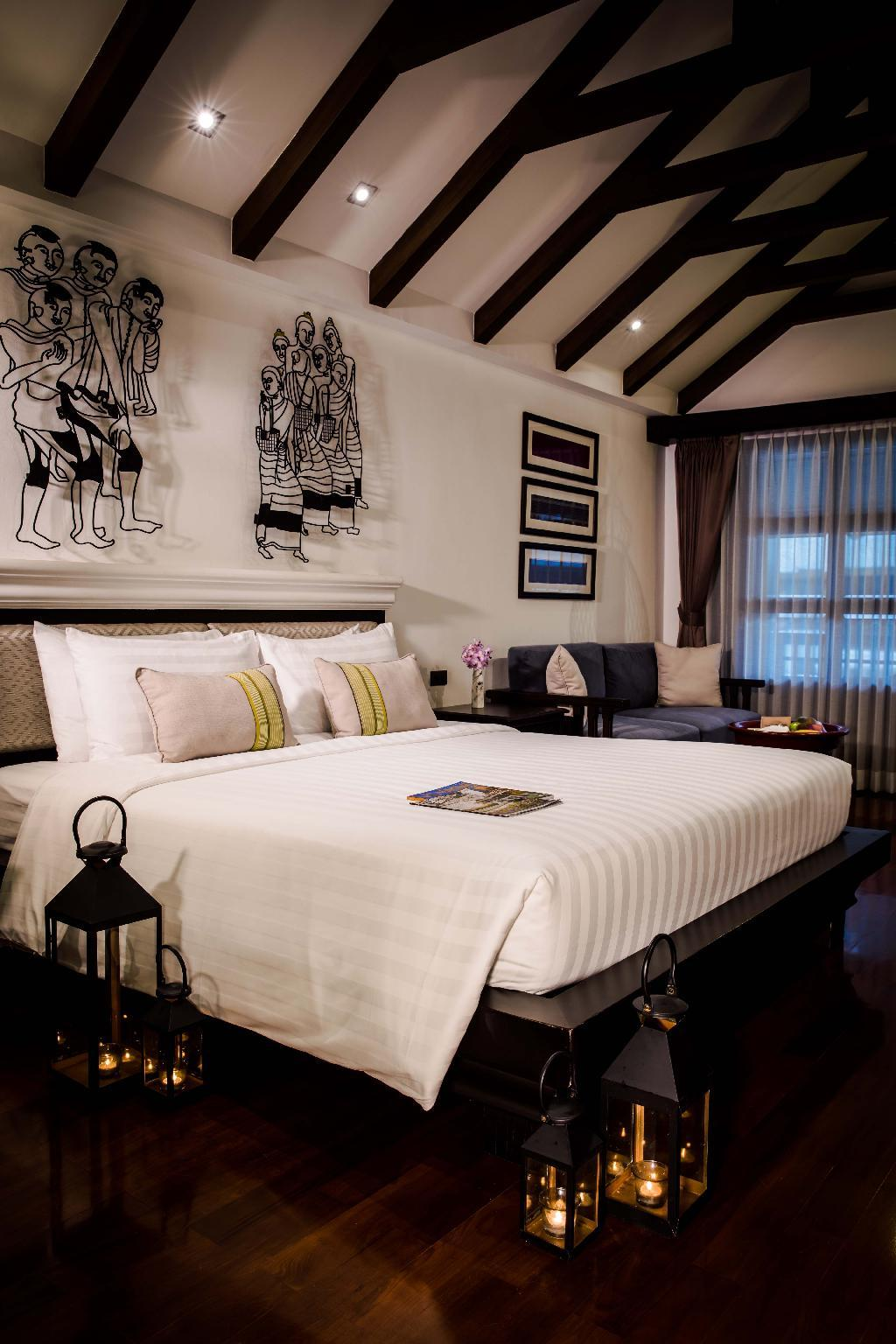 Romantic Lanna Grand Deluxe Room