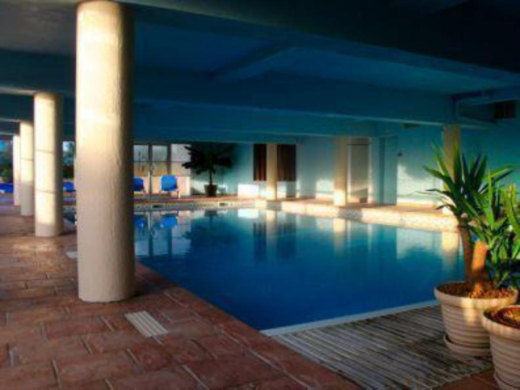 Swimming pool Hotel Europa