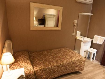 Single with Shared Bathroom Hotel Gerber