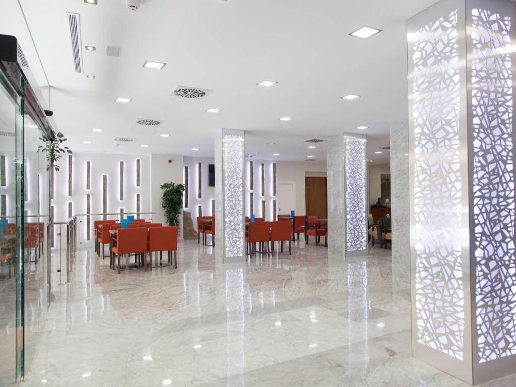 Hotel Corona De Granada Granada Spain