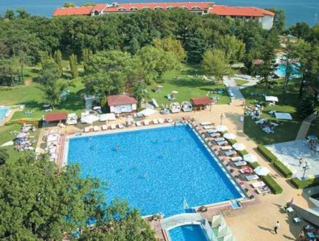 Swimming Pool Grand Hotel Varna All Inclusive