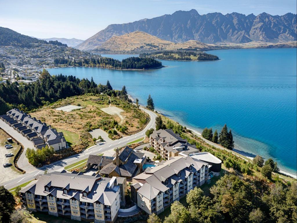 More about Heritage Hotel Queenstown