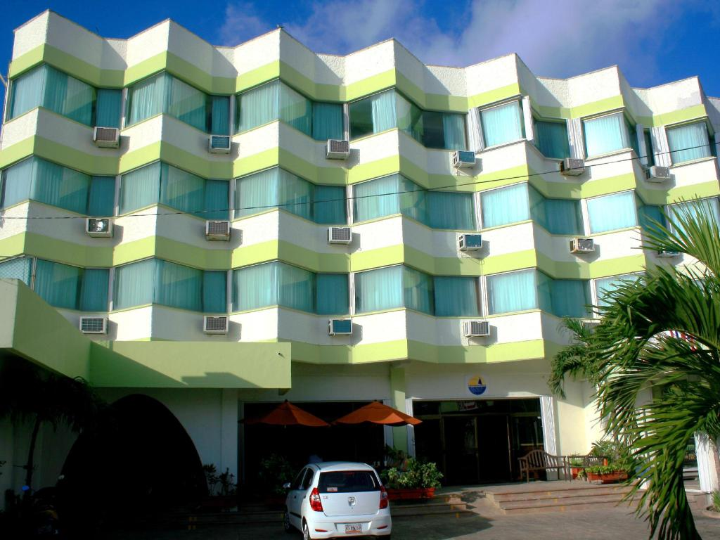More About Hotel Plaza Cozumel