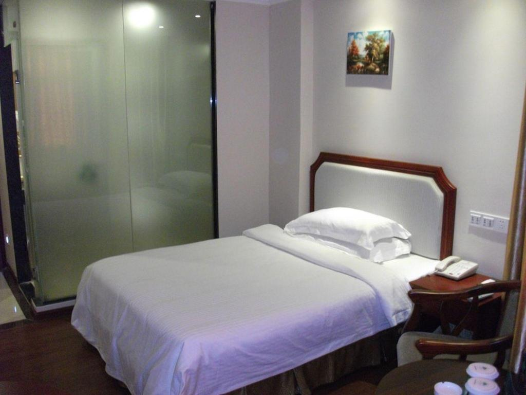 Single - Room - Bed GreenTree Inn Guangdong Chaozhou Chao'an Bus Station Chaoshan Road Express Hotel