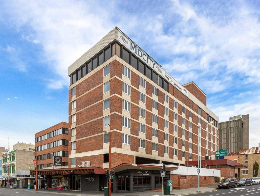 More About Quality Hotel Hobart Midcity