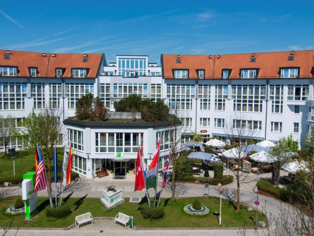 More about Holiday Inn Munich-Unterhaching