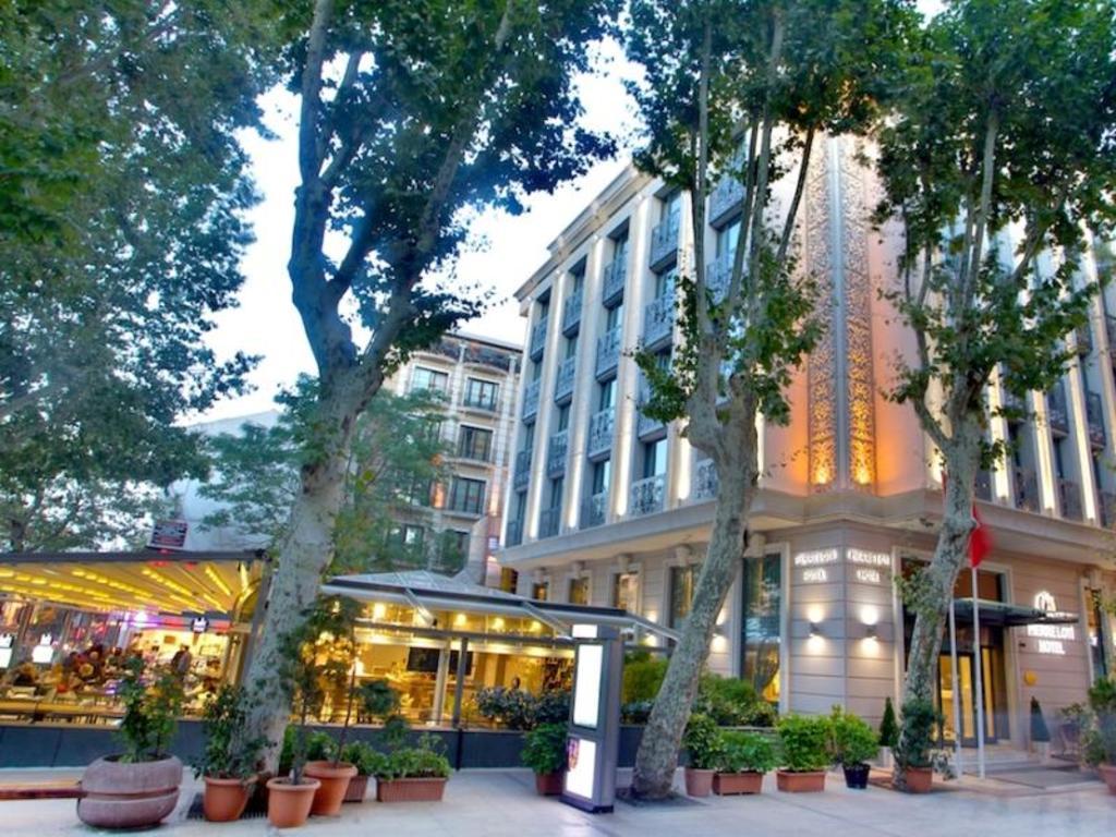 Hotel Pierre Loti Antibes France