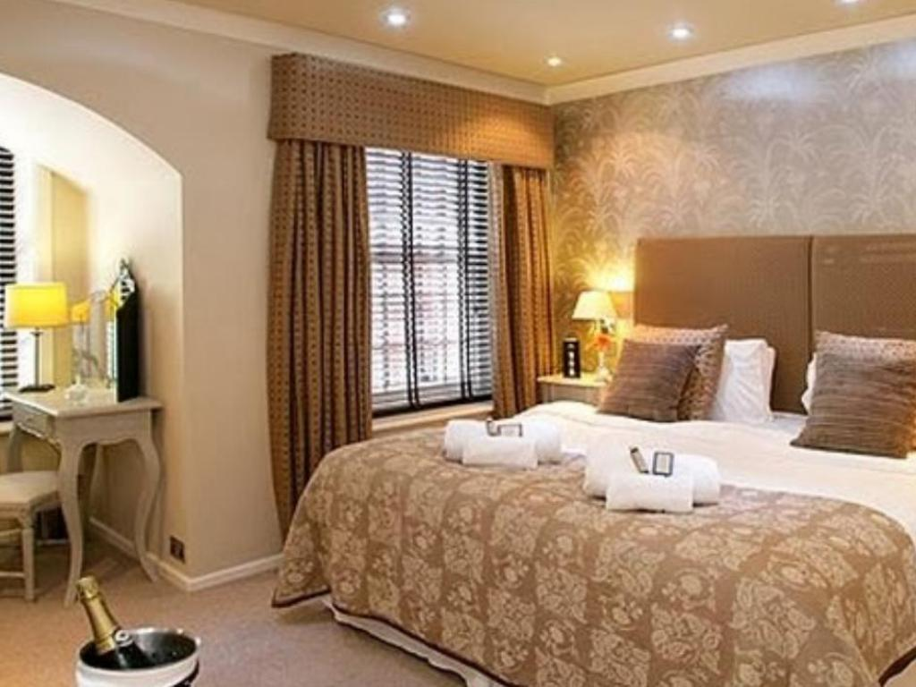 Best Price On Langtry Manor Hotel In Bournemouth Reviews