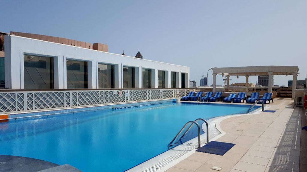 Crowne plaza abu dhabi in united arab emirates room - Hotels in abu dhabi with swimming pool ...