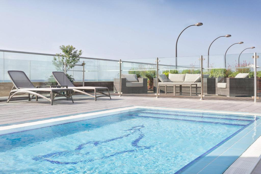 Swimming pool [outdoor] Sheraton Tel Aviv Hotel