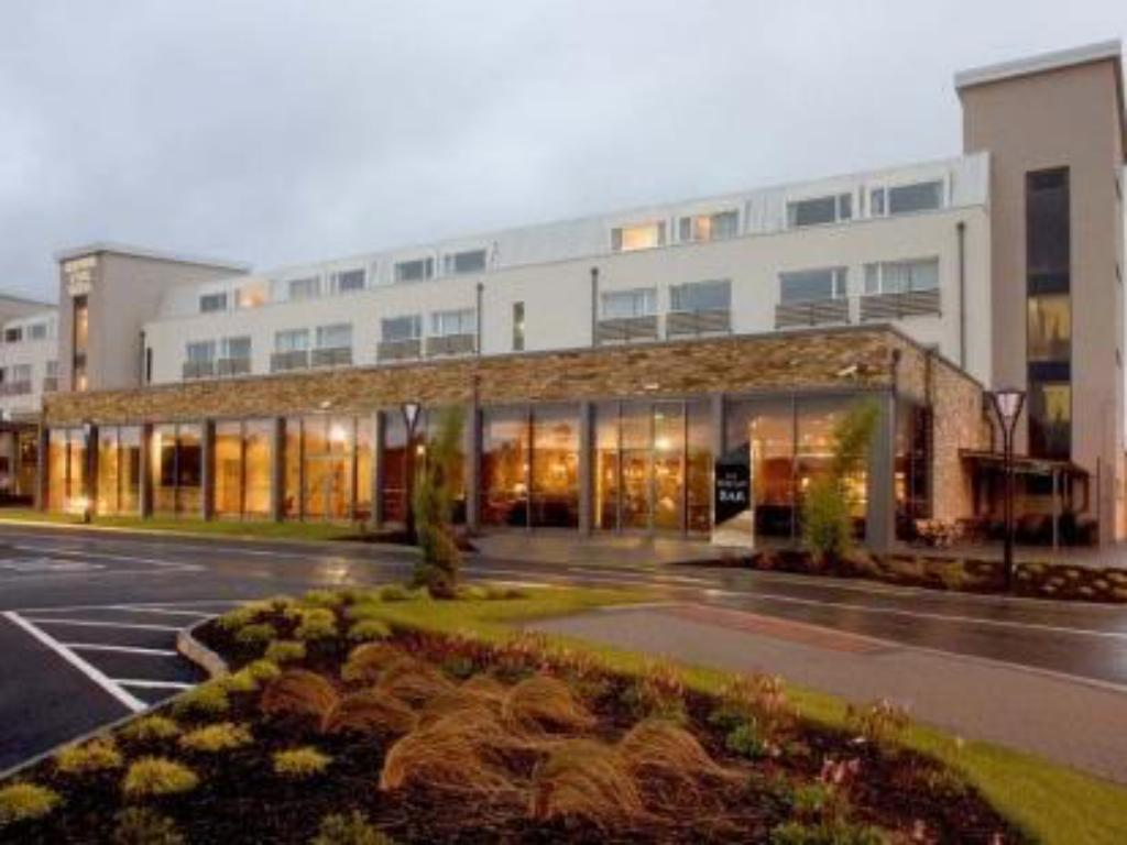 More about Clonmel Park Hotel