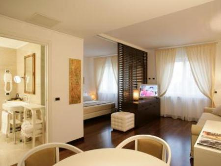 Junior Suite (2 Adults + 1 Child) Hotel Al Saraceno