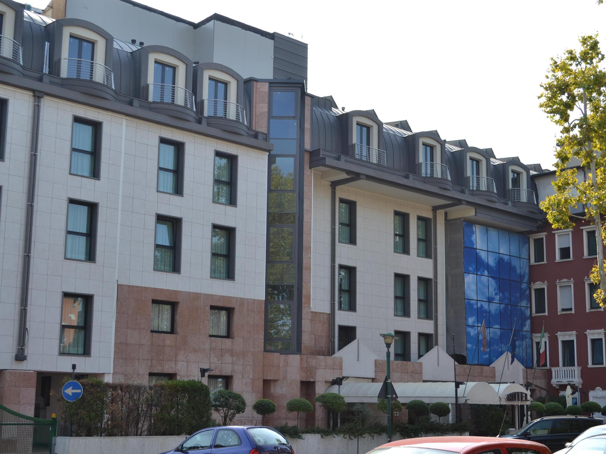 Tabaco Hotel Polen : Das hotel lugano torretta in venedig buchen