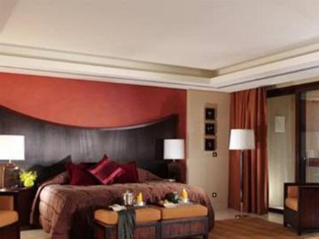 Executive Suite - Guestroom InterContinental Aqaba