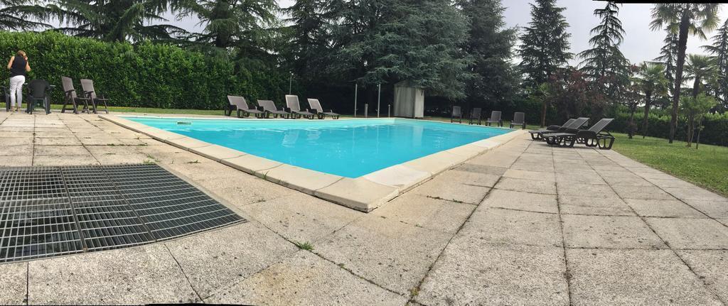 Hotel villa malpensa in milan room deals photos reviews - Swimming pool in vaishali ghaziabad ...