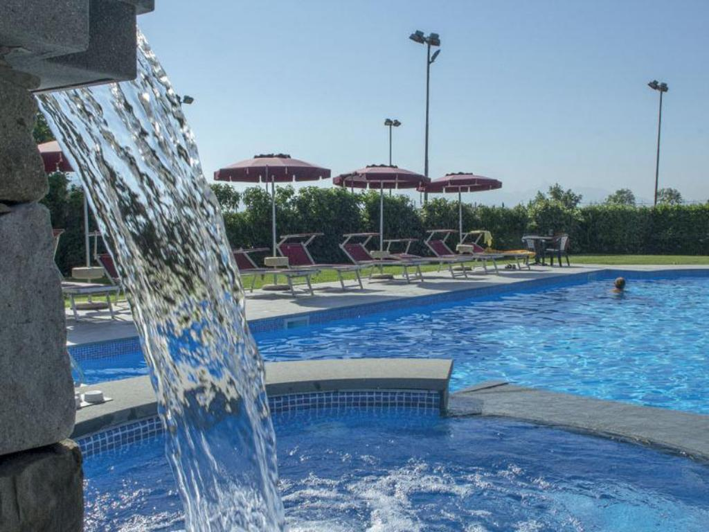 Swimming pool Park Hotel La Pineta