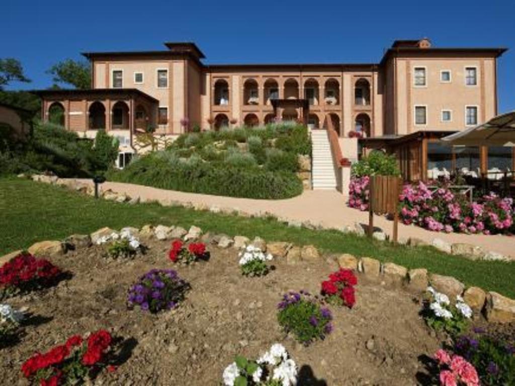 Promo [60% Off] Saturnia Tuscany Hotel Italy | A&o Hotel ...