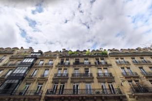 One Bedroom Apartment near Champ Elysees