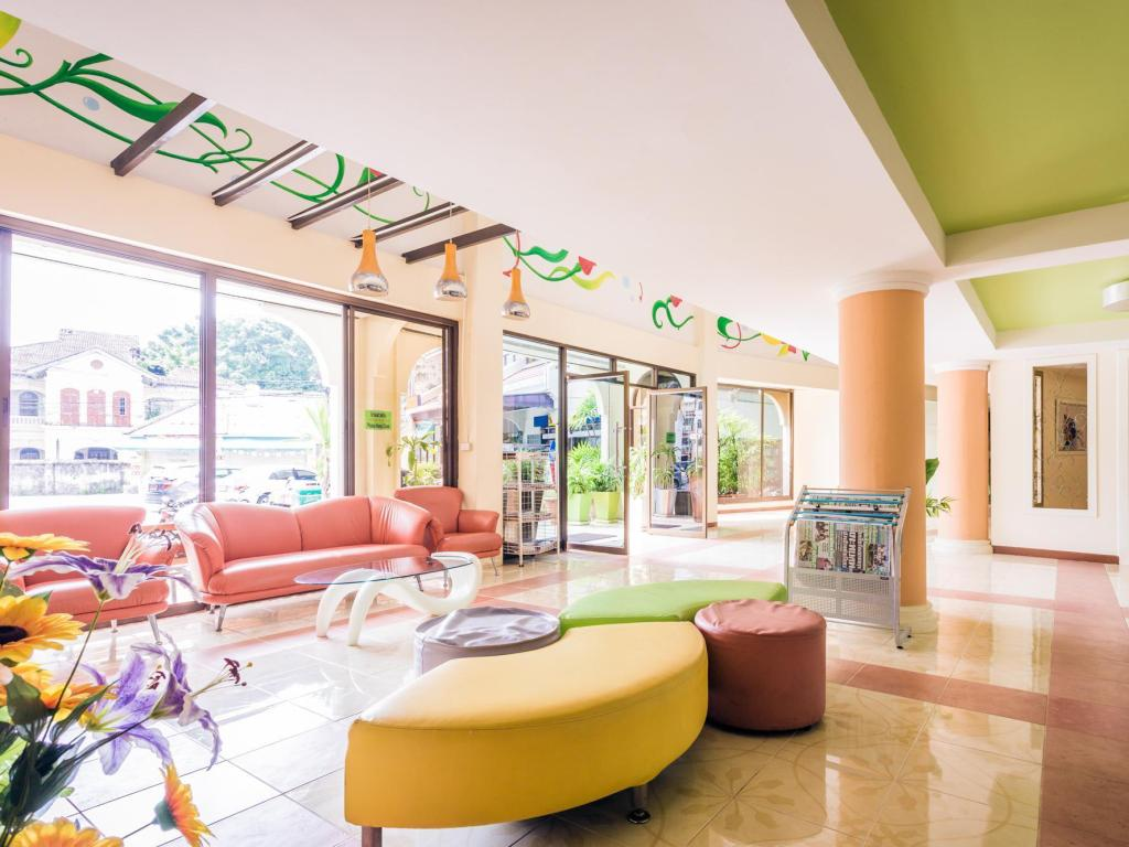 Lobby Phuket Center Apartment