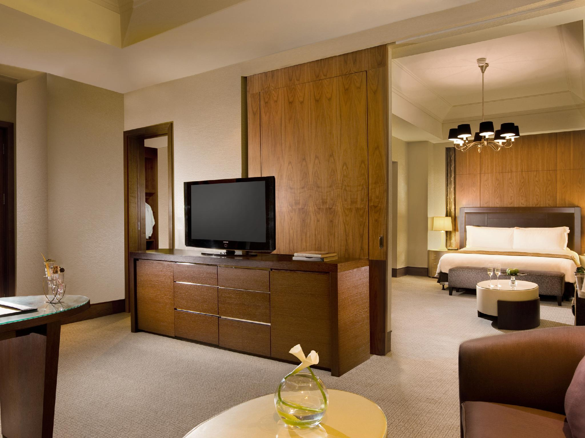 Mayfair Club Suite, Club level, 1 Bedroom Junior Suite