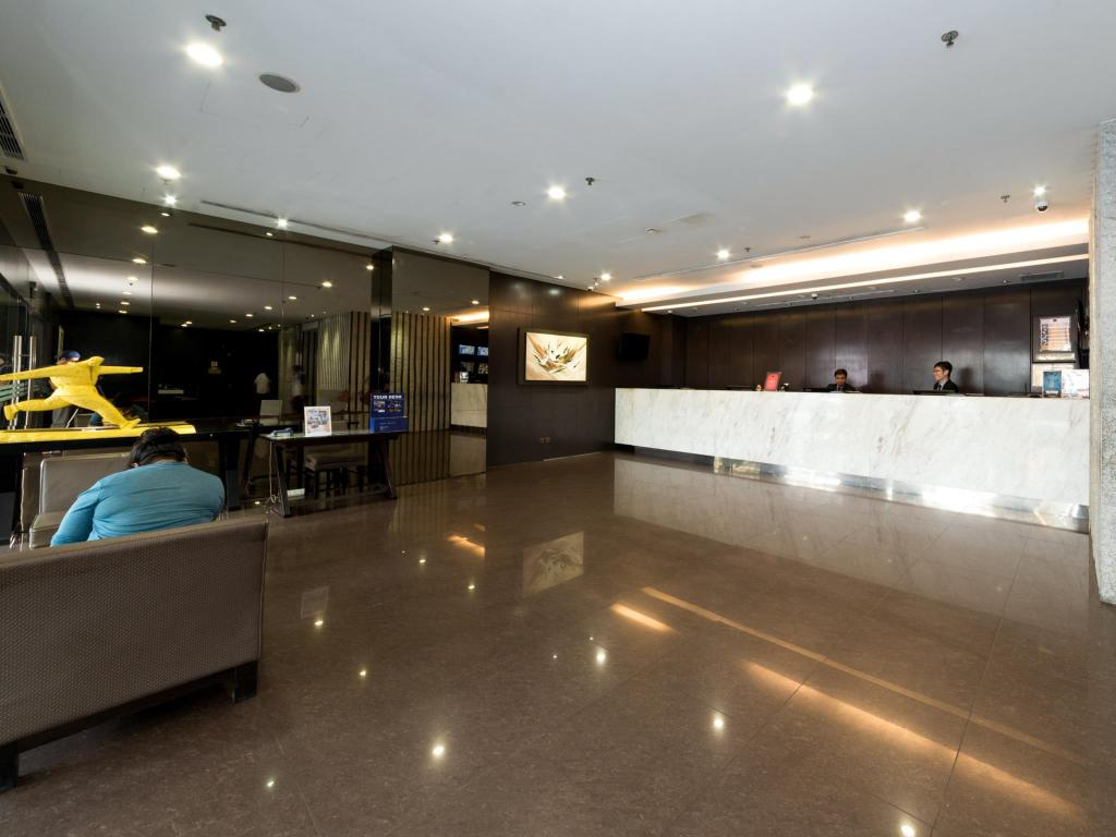 Lobby Value Hotel Thomson