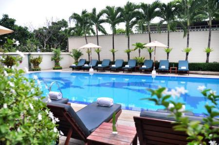 Swimming pool JP Villa Hotel
