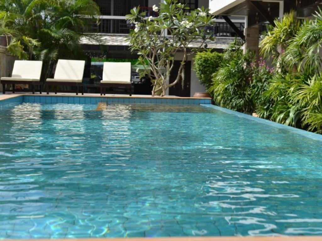 Swimmingpool Vanda House Resort