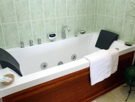 Double Room with Spa Bath and Sea View