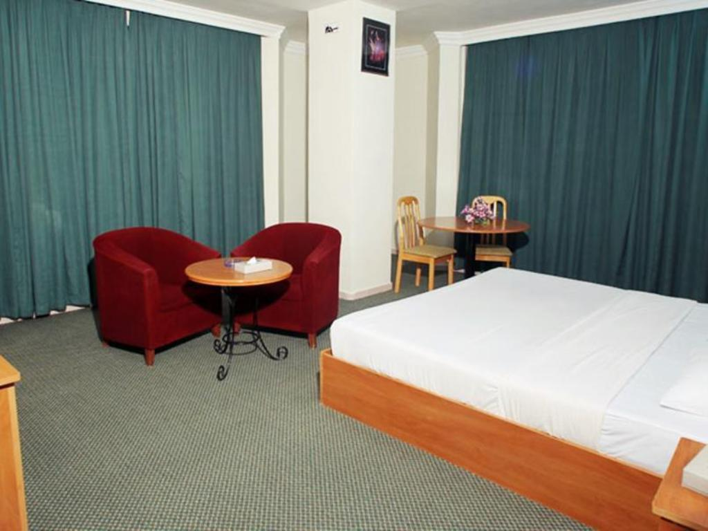 Standard Single Room - Guestroom Gulf Horizon Hotel