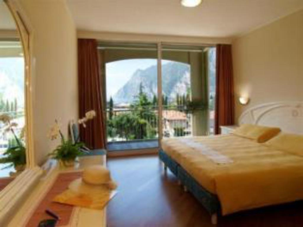 See all 26 photos Hotel Garda - TonelliHotels