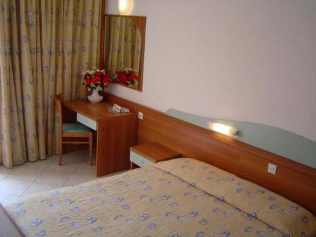 See all 24 photos Hotel Narcis - Maslinica Hotels & Resorts