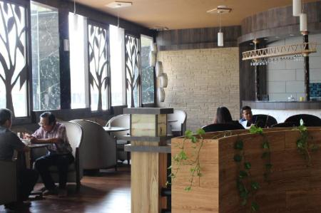 Pub/Lounge The Golden Bay Hotel Batam